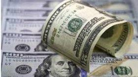 El dólar subió 10 centavos y quedó más cerca de los 18 pesos