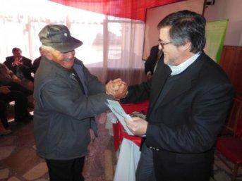 Provincia garantiza equidad y aumentó 3.500% la mínima