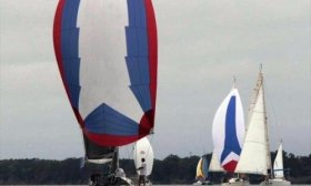 Se larga la regata traves�a Asunci�n-Corrientes