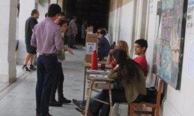 Colocar�n c�maras en tres escuelas del centro donde se votar� este domingo