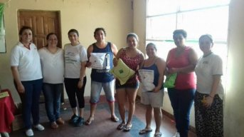 Agasajos a las madres del Barrio Quilmes