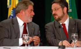 Un ex ministro de Lula da Silva revel� que el ex presidente de Brasil recibi� un mill�n de d�lares de Muammar Khadafi en 2002