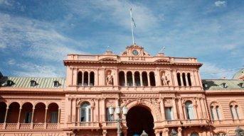 Caótica jornada en Casa Rosada por la reforma previsional, entre el desconcierto, el DNU y el mensaje de Elisa Carrió