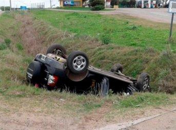 Dos personas fallecieron tras protagonizar un siniestro vial