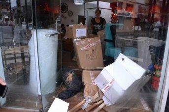 Comerciantes: lamentos por las pérdidas y las complicaciones