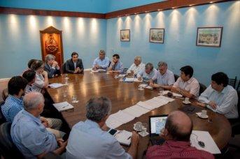 Valdés ratificó que avanzarán con ejecución de obras hídricas