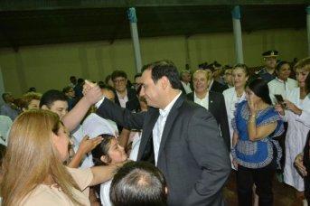 Con el anuncio de nuevas obras, el gobernador Gustavo Valdés acompañó al pueblo de Berón de Astrada en su aniversario