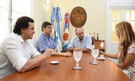 El Viceintendente se reuni� con representantes de la  Fundaci�n TelMed