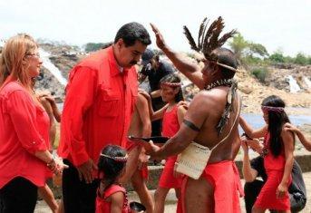 La campaña electoral de Maduro empezó con un ritual chamánico