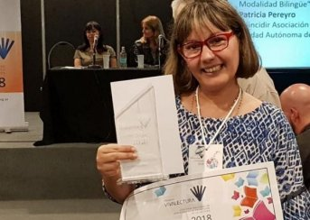 Docente correntina fue premiada en la Feria internacional del Libro