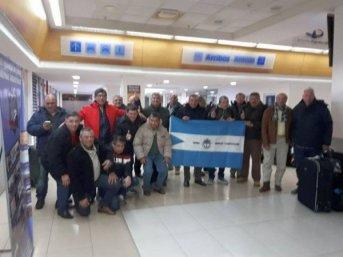 Los ex combatientes que viajaron a Malvinas volverán el martes y serán recibidos por Valdés