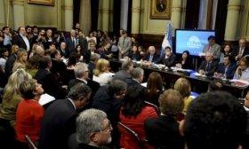 Rev�s para el Gobierno: el proyecto contra el tarifazo obtuvo dictamen y ser� tratado en el Senado