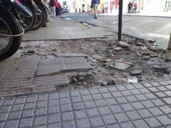 Exclusivo: Mal estado de las veredas en Corrientes