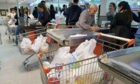 Analizan volver a lanzar la promo de 50% de reintegro en supermercados
