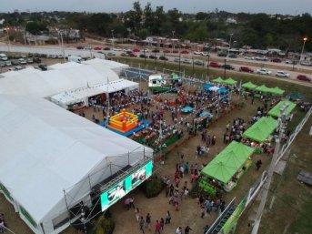El stand del Tekové Potí es la sensación de la familia en la Feria del Libro