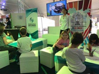 La Cámara de Diputados de los Niños está en la Feria del Libro