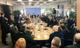 El Gobierno convocar� en agosto a negociar el salario m�nimo