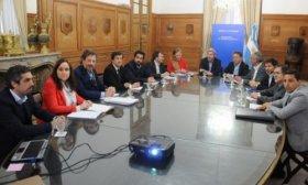 Frigerio y Dujovne se reunieron con ministros provinciales de Econom�a