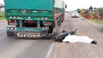 Machagai: Un camión atropelló y mató a un motociclista de 26 años en Ruta 16