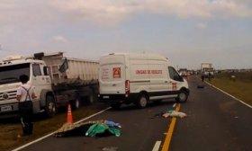 Accidente fatal cerca de Mantilla: dos menores y su madre murieron tras el vuelco de una camioneta