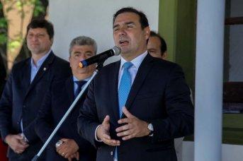 El gobernador Gustavo Valdés analizó con el Canciller Faurie el episodio de la Isla Apipé
