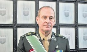 Crece la militarizaci�n del r�gimen Bolsonaro