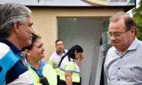 El Intendente visit� a inspectora de tr�nsito que salv� la vida a un beb�