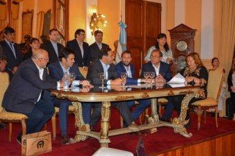 Valdés junto a Macri lanza el plan costero desde Buenos Aires
