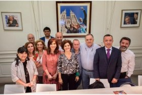 Karlen dialogó con la senadora Kirchner