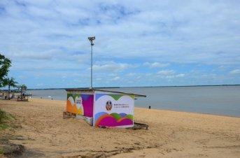 Jornada de limpieza y concientización en la playa Arazaty
