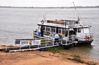 La ciudad contará con un catamarán para paseos por el río Paraná