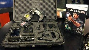 La Policía comenzará a utilizar pistolas Taser en el subte