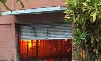 Avance en la investigación: El autor del incendio en el Mercado sería un empleado despedido
