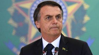 Se desploma la popularidad de Bolsonaro a menos de tres meses de su asunción