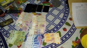 Allanaron dos casas en Corrientes por un robo en Sáenz Peña