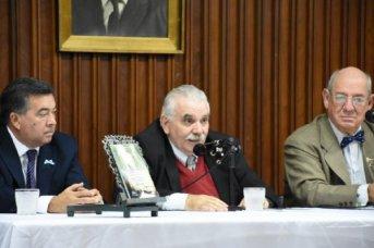Se presentó libro que incluye cartas del General Belgrano al gobernador correntino Elías Galván