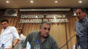 Gobierno convocó a gremios del Transporte buscando frenar el paro