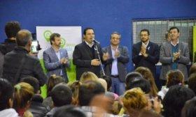 Vald�s entreg� 100 viviendas, prometi� otras 150 y anunci� obras para Paso de los Libres