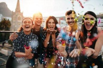 Día del Amigo: el 70% de los argentinos realizará algún tipo de gasto