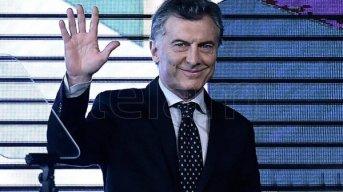 Macri participa en Iguazú del bautismo del vuelo de Air Europa a Madrid