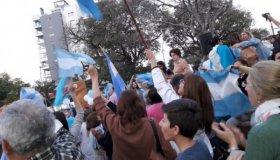Votantes de Macri marcharon en Corrientes para apoyar al gobierno