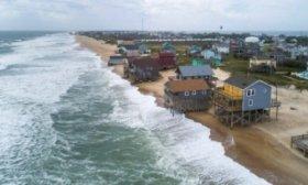 Dorian dej� un saldo provisorio de 23 fallecidos en Bahamas y se dirige hacia Carolinas