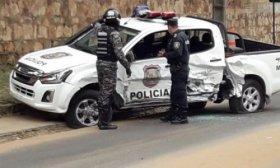 Narcos rescataron a un preso y mataron a un polic�a en plena calle