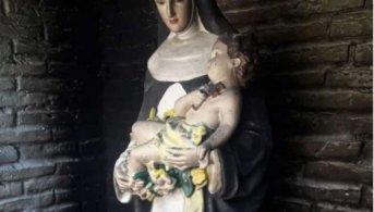 Se incendió una ermita de Santa Rosa en Corrientes y la imagen quedó intacta