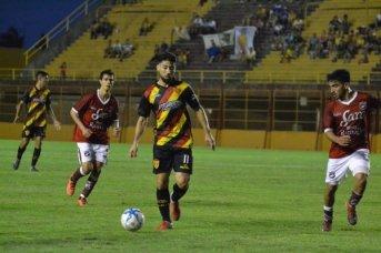 Boca Unidos pone en juego la punta en Salta