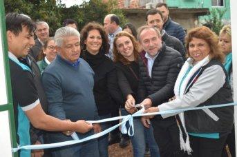 Horacio Ortega y Adan Gaya inaugurar el eco muro