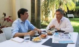 Mart�nez desayun� con Peppo y luego visit� a Capitanich