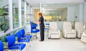 El gobernador Vald�s declara asueto para Curuz� Cuati� y Provincia inaugura el Centro Oncol�gico