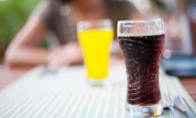 El 48 % de los ni�os y ni�as toman dos vasos al d�a de bebidas azucaradas, seg�n un estudio