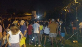 Por exceso de alcohol y presencia de menores, la Policía tuvo que interrumpir una fiesta en una casaquinta
